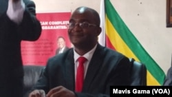 Osanda kukhethwa ukuba ngumkhokheli weMDC-T, umnumzana Douglas Mwonzora