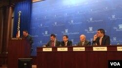 何志平在美國傳統基金會舉辦的座談會上講話。(2015年12月9日資料照)