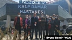 Parlementerên HDPê li Hember Nexweşxanê li Enqerê