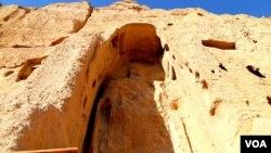 مجسمههای عظیم صلصال و شهمامه در بامیان در سال ۲۰۰۱ میلادی توسط رژیم طالبان تخریب شد.