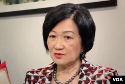 香港建制派議員、前保安局長葉劉淑儀接受美國之音採訪。(2019年10月10日)