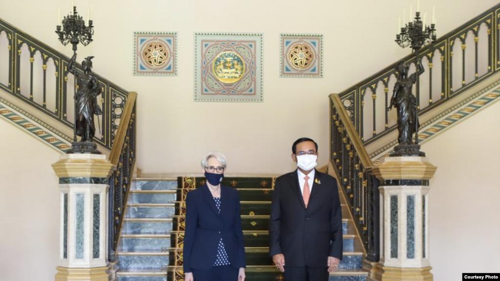 美国副国务卿谢尔曼(Wendy Sherman)2021年6月2日会见泰国总理(照片来源:谢尔曼官方推特网页)(photo:VOA)