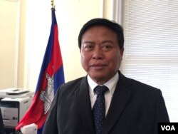 FILE: Chum Bun Rong, Cambodia's Ambassador to the United States, talked to VOA Khmer about Secretary of State John Kerry's official visit to Cambodia, at the embassy headquarter in Washington DC, on Tuesday, January 19, 2016. (Men Kimseng/ VOA Khmer)