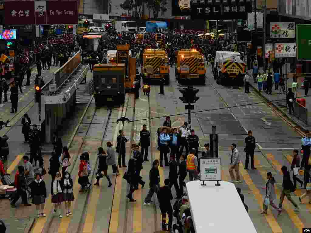 铜锣湾占领区顺利清场,79日的香港占领运动结束