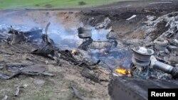 3일 키르기스스탄에 추락한 미 군용기 보잉 KC-135기의 잔해.