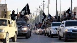 SHBA fillojnë sulmet ajrore kundër Shtetit Islamik në Siri