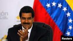 E presidente de Venezuela, Nicolás Maduro, dijo que sectores de derecha preparan un golpe de estado.