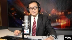 President of the opposition Cambodia National Rescue Party Sam Rainsy is in VOA studio in Washington as a guest for special Hello VOA on Wednesday February 4, 2016. (Soeung Sophat/VOA Khmer)