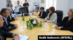 Sastanak ambasadorice SAD u BiH Maureen Cormack sa načelnikom Srebrenice Mladenom Grujičićem