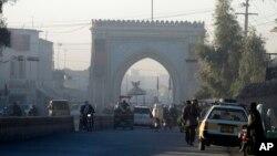 افغان صدر اړونده ادارو ته په کندهار کې د والي په مېلمستون کې د شوي برید د پلټنو امر کړی دی.