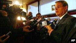 El senador Robert Menéndez es uno de los demócratas más influyentes en el Congreso y reemplaza a John Kerry como presidente del comité de relaciones exteriores.