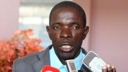 Seguidores de Kalupeteca denunciam perseguições em Angola 1:39