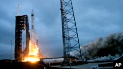 Un cohete Atlas V fue lanzado desde Cabo Canaveral, Florida, el 6 de diciembre de 2015 con suministros para la Estación Espacial Internacional.