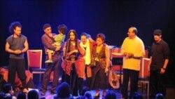اجرای کنسرت اعظم علی و گروه نیاز در لس آنجلس