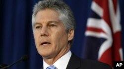 ავსტრალიის თავდაცვის მინისტრი, სტივენ სმიტი