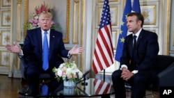 """El presidente Donald Trump, izquierda, también habló con su homólogo francés sobre el futuro del Brexit y señaló que """"en las próximas semanas veremos qué pasa""""."""