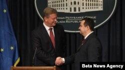 File i premijer Srbije Ivica Dačić