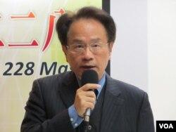 台湾中央研究院近代史副研究员陈仪深(美国之音张永泰拍摄)