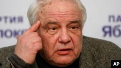 Владимир Буковский (архивное фото)