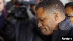 Ông Jackson là Dân biểu liên bang của Illinois trong 17 năm, trước khi từ chức tháng 11 năm ngoái.