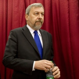 Presidential candidate Andrei Sannikov attends a news conference in Minsk, Belarus, 18 Dec 2010