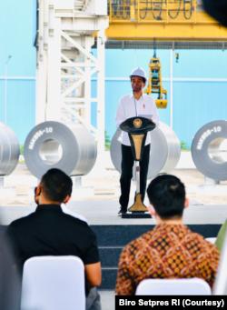Presiden Jokowi Meresmikan Pabrik Baja Tercanggih ke-2 di Dunia milik PT Krakatau Steel (Persero) Tbk di Cilegon, Banten, Selasa (21/9). (Foto: Courtesy/Biro Setpres)