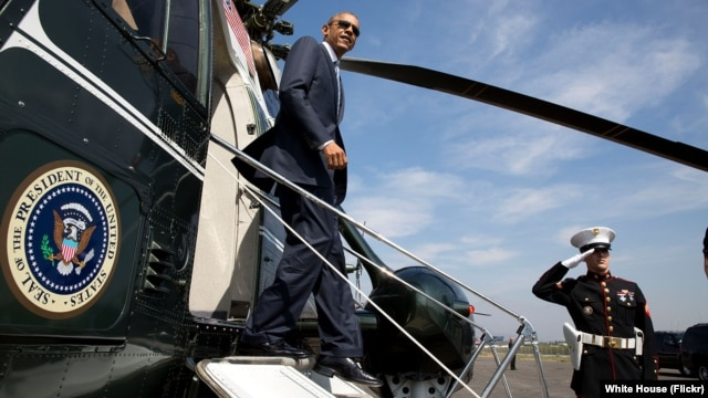 FILE - President Barack Obama disembarks Marine One. (Official White House Photo by Pete Souza)