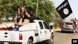 گروه دولت اسلامی بر بخش هایی از عراق و سوریه خلافت اسلامی را اعلام کرده است