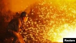 中國遼寧省大連特殊鋼廠。(2018年7月17日)
