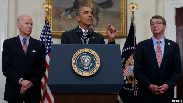 U.S. President Barack Obama (C) discusses administration plans to close the Guantanamo military prison while delivering a statement at the White House in Washington, Feb. 23, 2016.