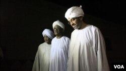 Quelques-uns des prisonniers libérés le 2 avril 2013 à Khartoum