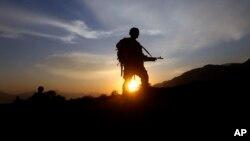 سربازان خارجی مستقر در کنر امریکایی بودند