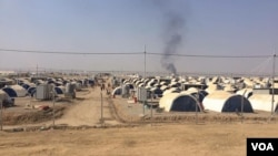 Camps like this one in northern Iraq are filling up fast with people fleeing war, IS and extreme poverty. Aid workers say they don't know if they will have the resources to care for all the refugees if and when Mosul in reclaimed, in Debaga, Kurdistan, Iraq, Oct. 23, 2016. (H.Murdock/VOA)