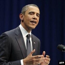"""""""Bu fojiadan tegishli saboq olib, qaddimizni rostlashimiz, teran fikrlab, bir-birimizni asossiz ayblamay, mehr-oqibatli bo'lishimiz kerak"""", - deydi Barak Obama."""
