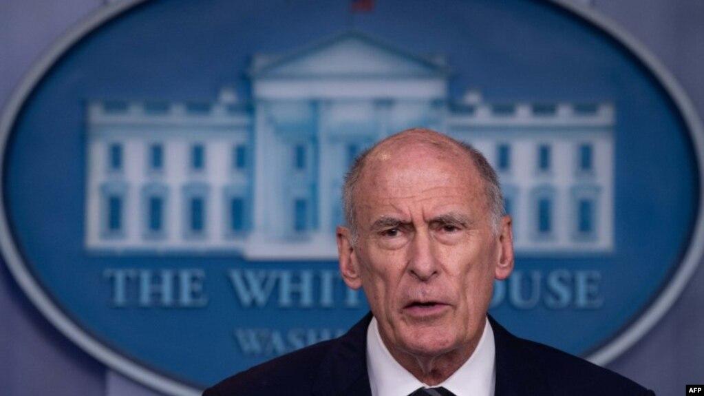 El Director de Inteligencia Nacional de EE.UU., Dan Coats, habló durante una conferencia sobre una orden ejecutiva que sanciona a extranjeros que interfieran en las elecciones estadounidenses. Foto de archivo tomada el 2 de agosto de 2018.
