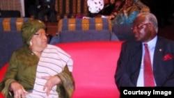 塞拉利昂总统(右)和利比里亚总统