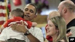 اوباما او میرمن یې د کریسمس په ورځ