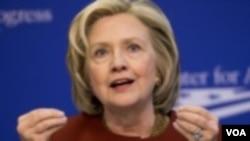Hillary Clinton transmitió a través de su abogado que está dispuesta a someterse a un interrogatorio en el Congreso para hablar de Bengasi y el uso de un correo electrónico personal cuando era secretaria de Estado.