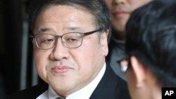 Ông Ahn Jong-beom đến trả lời thẩm vấn tại văn phòng công tố viên ở Seoul, Hàn Quốc, 2/11/2016.