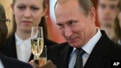 ԱՄՆ-ի բարձրաստիճան պաշտոնյան հրապարակայնորեն մեղադրել է ՌԴ նախագահ Վլադիմիր Պուտինին՝ կոռումպացված լինելու մեջ: