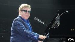 کنسرت التون جان در سال ۲۰۱۳ - واشنگتن
