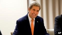 រដ្ឋមន្ត្រីការបរទេសសហរដ្ឋអាមេរិក លោក ចន ឃែរី (John Kerry)។