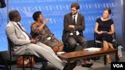 VOA Panelists Admonish Deda, Priscilla Ndlovu, Vukasin Petrovic and Lauren Ploch discuss Zimbabwe's challenges.