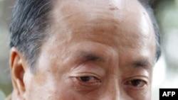 Cựu Phó Tổng thống Việt Nam Cộng hòa Nguyễn Cao Kỳ (ảnh chụp ngày 23/1/2004)