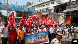 بھارت میں کسانوں کا احتجاج جاری،