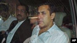 سلمان خان