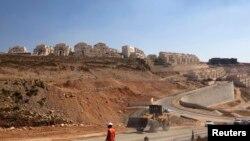 İsrail'in Batı Şeria'da devam eden inşaatları