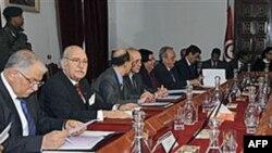 Tunizi: Japin dorëheqjen ministrat e qeverisë së përkohshme