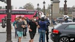 Париж обмежує кількість автомобілів на вулицях, коли забруднення повітря перевищує норми