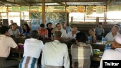 USAID အႀကီးအကဲ ရခုိင္ျပည္နယ္သြားေရာက္ ( Photo- Mark Green Twitter)